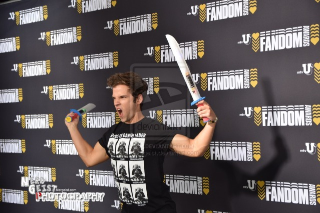 nathan_kress_at_mtv_u_fandom_awards__sdcc_2014__by_nerdgeist-d7vuv19