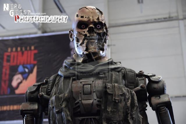 terminator_at_dublin_comic_con_2014_by_nerdgeist-d7vl9iw