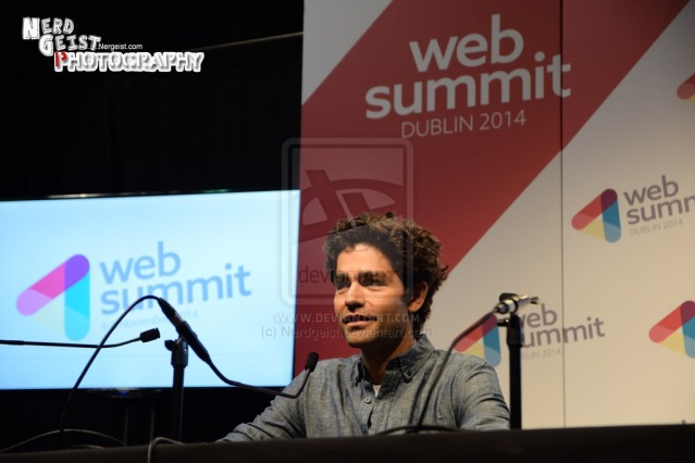 adrian_grenier_press_conference_at_web_summit_2014_by_nerdgeist-d85i9zw
