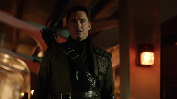 Malcolm_Merlyn_Arrow_0002