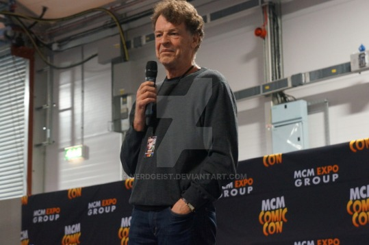john_noble_at_mcm_belfast_comic_con_2015_by_nerdgeist-d8rym58