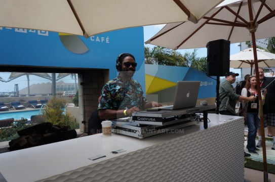 the_dj_at_wired_cafe_during_sdcc_2015_by_nerdgeist-d929ewn