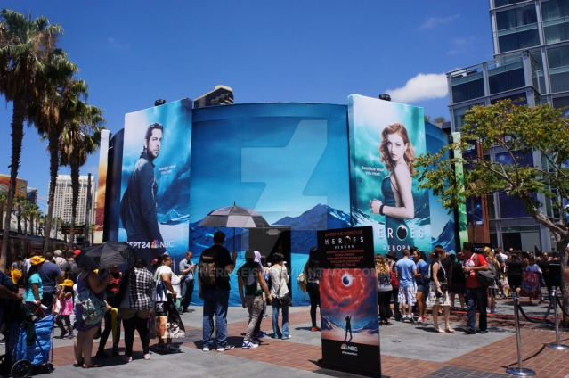 heroes_reborn_at_san_diego_comic_con_2015_by_nerdgeist-d96mf10