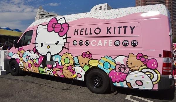 HelloKittyCon_CafeTruck