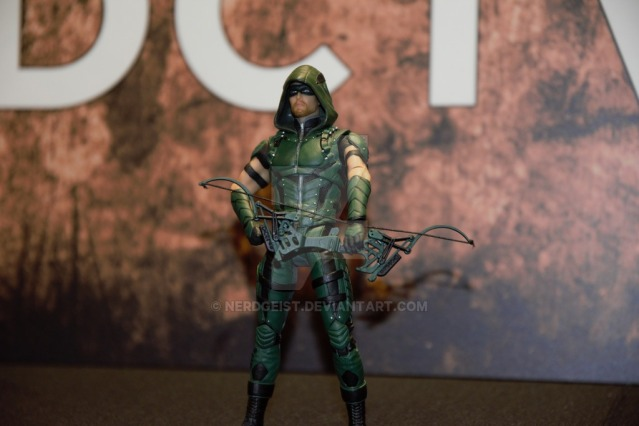 green_arrow_dc_collectibles_at_sdcc_2016_by_nerdgeist-daavwrl (1)